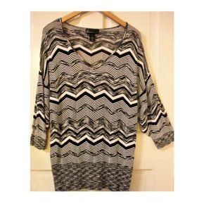 LANE BRYANT Women's Plus Size 16 Knit Tunic Top